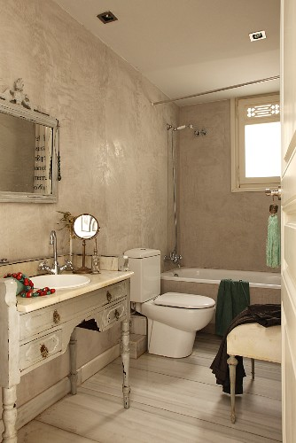 Vintage Bathroom With Sink Integrated
