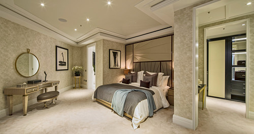 Luxurious master bedroom, Ten Trinity Square, London