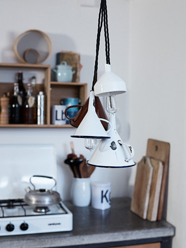 DIY-Lampen aus Vintage Trichtern