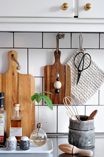 Kitchen accessories in natural shades