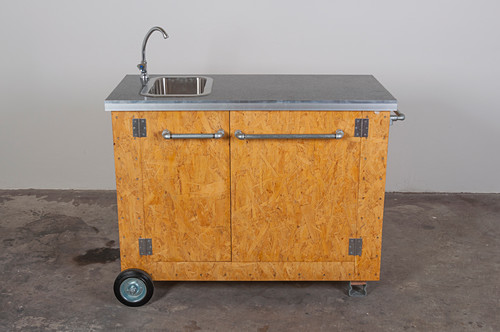DIY mobile outdoor kitchen