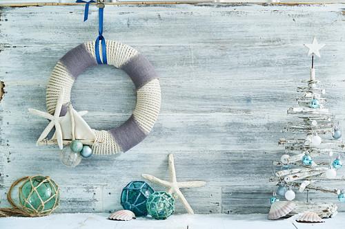 DIY Christmas decorations: Ships Ahoy! Wreath