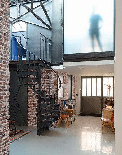 Modern loft apartment in former textile factory