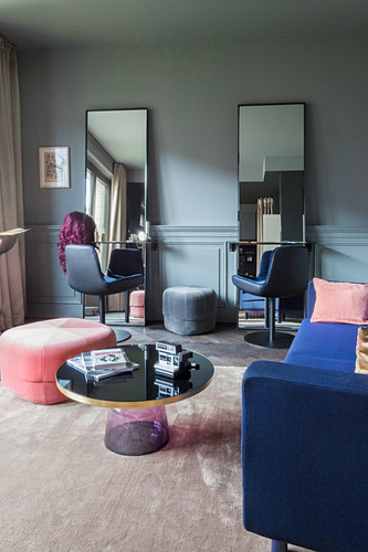 Elegant beauty salon in dark gem shades
