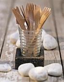 Holzbesteck im Glas fürs Picknick
