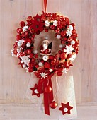 Wreath of red and silver baubles