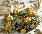 Golden Advent wreath with Gingko leaves