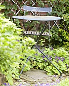 Metal garden table and chair