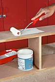 Making a wall cabinet (painting)