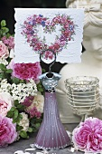 Summer table decoration, place-card holder, card with heart motif