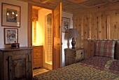 Schlafzimmer in Berghütte (Frankreich)