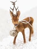 Deer (Christmas decoration)