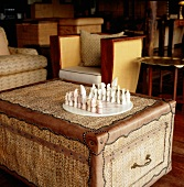 Game of chess on trunk
