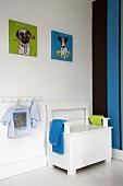Bench in child's bedroom