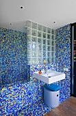 Bathroom with mosaic wall (Villa Nalu, Southern France)