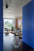 Interior with dining table (Villa Nalu, Southern France)