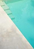 Swimming pool (Villa Bamboo, Southern France)