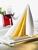 Napkin folding design: 'Double Tafelspitz'