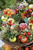 Wreath of apples and flowers