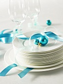 Tableware and glasses with turquoise decorations