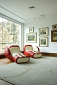 Two boxing gloves loungers by De Sede