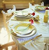 Gedeckter Tisch mit Calla