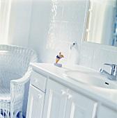 A washbasin in a bathroom