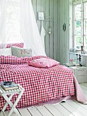 Red and white, country-style, gingham bed linen