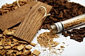 Wood shavings and woodchips for flavouring wine