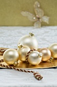 Christmas tree baubles as table decoration