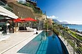 Villa with pool on the Atlantic coast