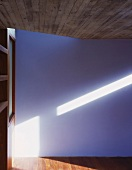 Licht fällt in ein Wohnraum