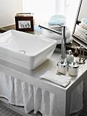 Washbasin on silver washstand