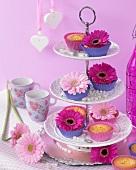 Blumen-Cupcakes mit Gerbera