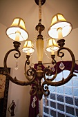 Detail chandelier with lampshades