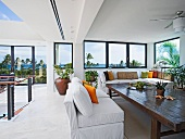 Upper level sitting area with ocean views