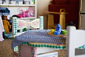 Little girl's play table
