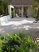 Detail Zen sand garden
