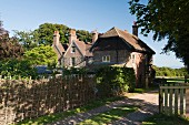 17th century house sold at auction on the English south coast