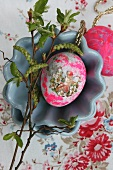 Easter egg decorated with vintage motif (sticker)
