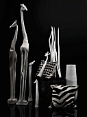 Black and white - African animal figures and decorative objects