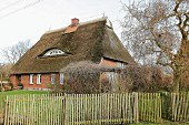 Thatched residential house (Mecklenburg-West Pomerania, Germany)