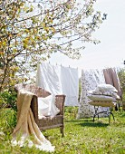 Bedclothes hangin out to dry in the garden
