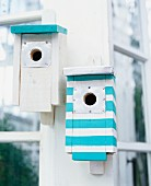 Nesting boxes with stripes
