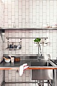 Freestanding stainless steel kitchen element with sink
