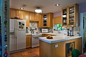 kitchen with fitted cabinets; West Palm Beach; USA