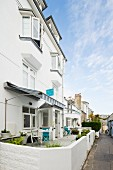 An exterior view of the Trevouse Harbour House Hotel in St. Ives (Cornwall, England)