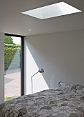 Point 7, Winchester, United Kingdom. Architect: Dan Brill Architects, 2014. Modern bedroom