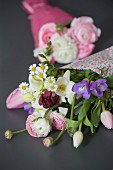 Spring bouquets wrapped in gift wrap