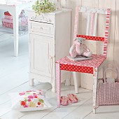 Make-over - kitchen chair with red and white patchwork pattern in rustic, vintage interior